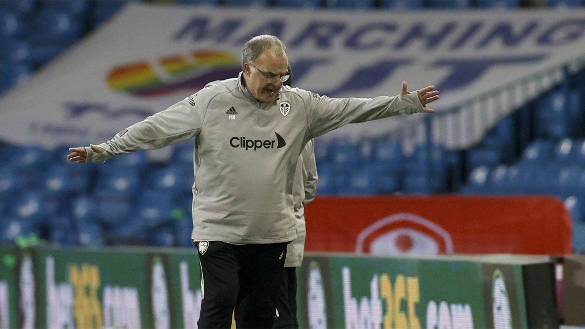 Marcelo Bielsa estuvo muy enojado tras la dura caída del Leeds.