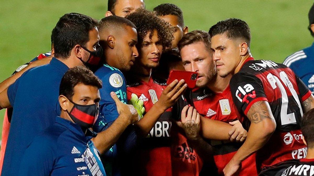 El Flamengo se enteró que era el campeón por celular