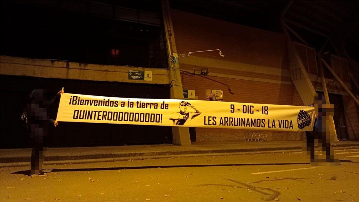 Boca fue recibido en Colombia con carteles de River