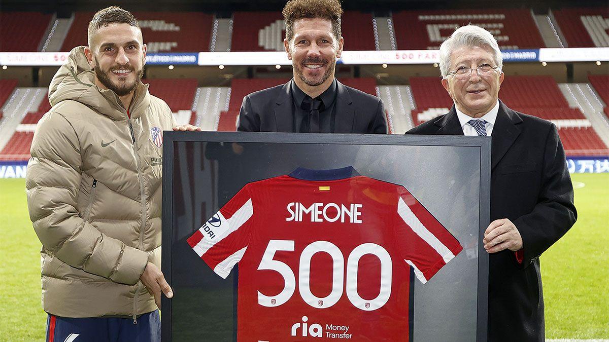 Simeone cumplió 500 partidos con el Atlético líder