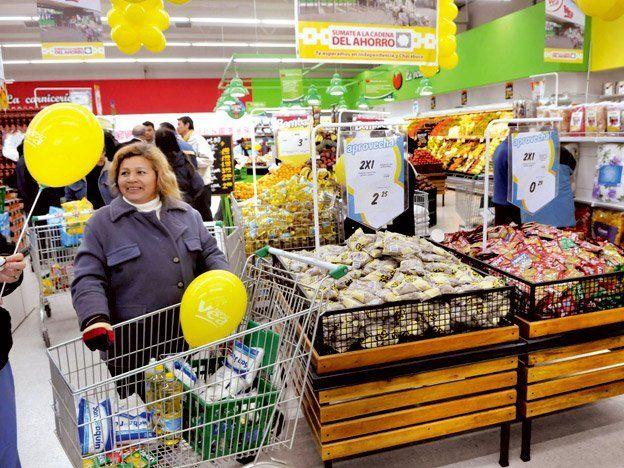 La mano derecha de Moreno ratificó que la Supercard será la única tarjeta para comprar en supermercados