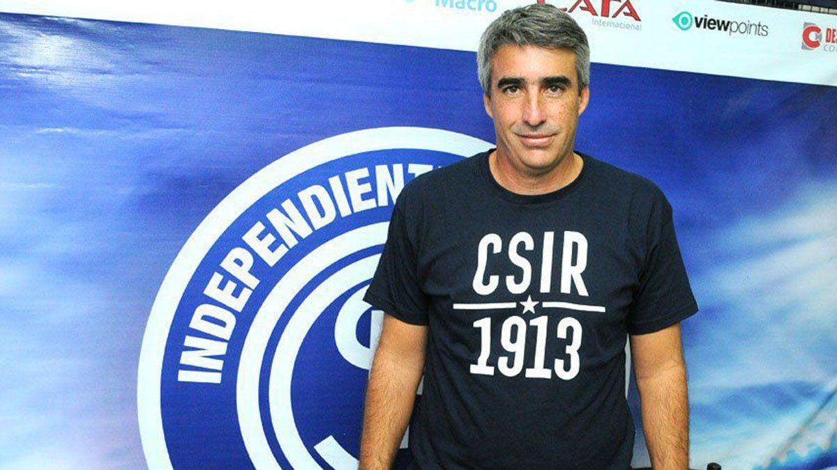Gabriel Gómez asumió oficialmente en la Lepra.