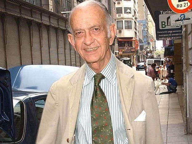 Murió José Alfredo Martínez de Hoz