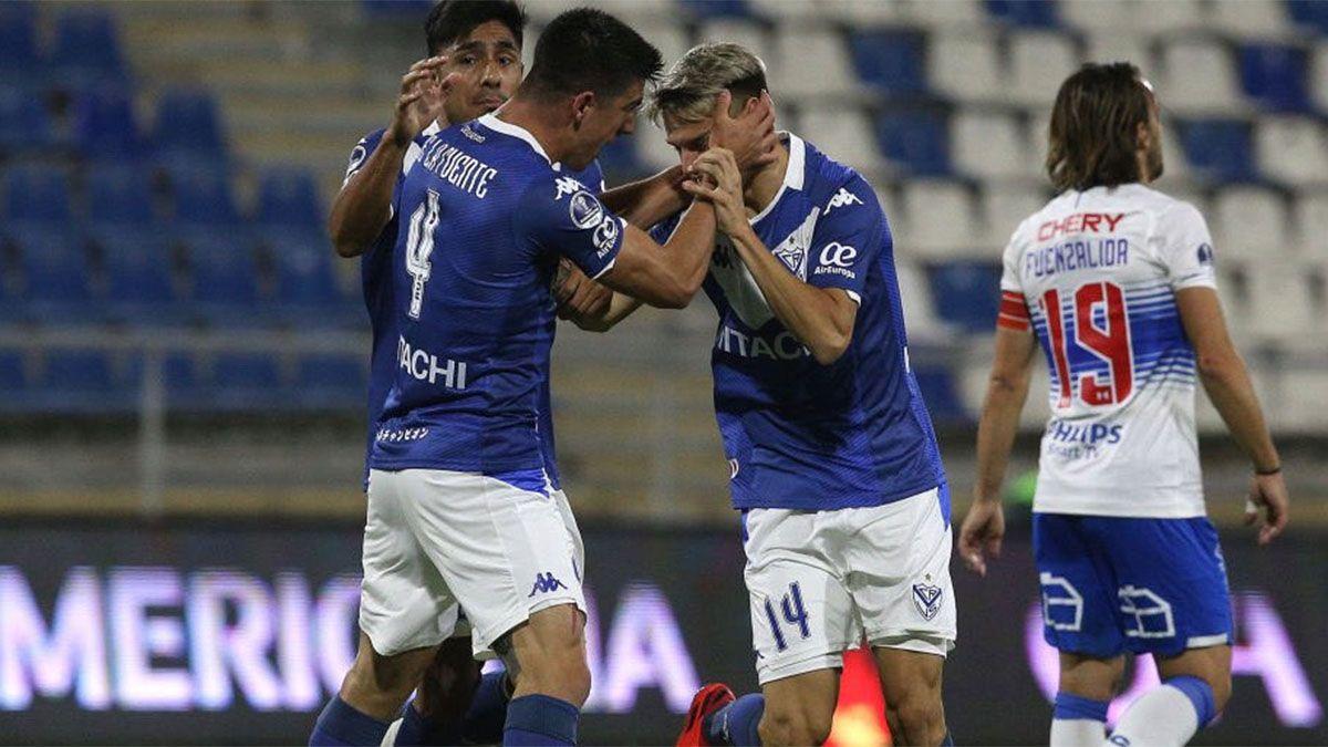 Con un gol mendocino, Vélez se metió en las semifinales
