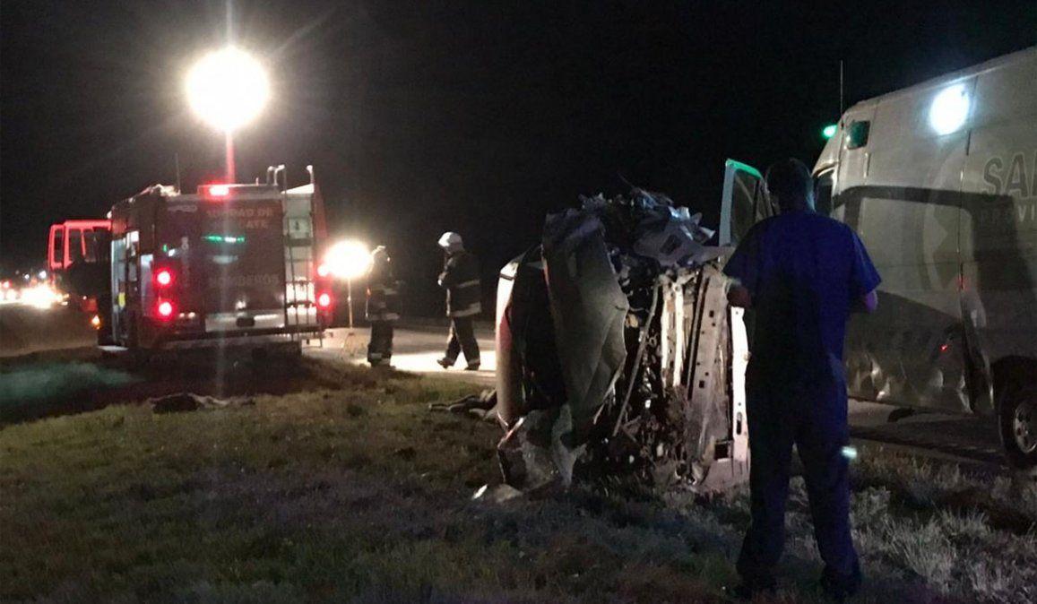 Chocó de frente contra un camión. Fotos Noticias Tornsquit