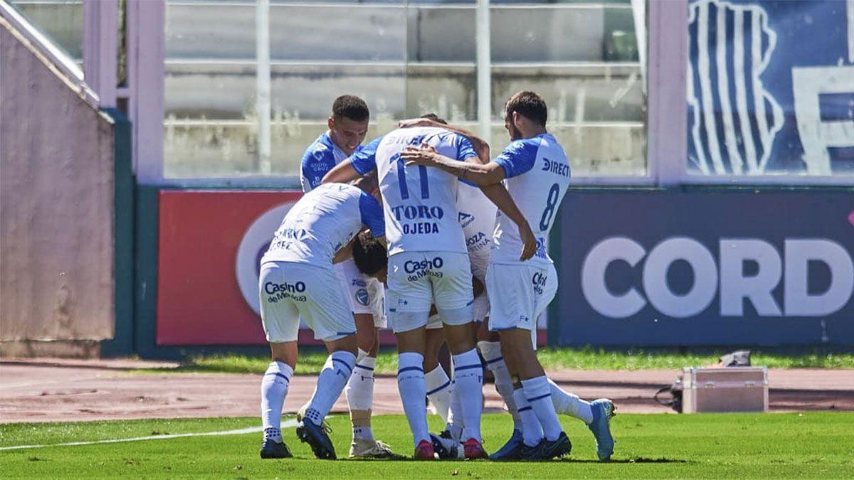 ¡Qué pedazo de gol, Wilder Cartagena!