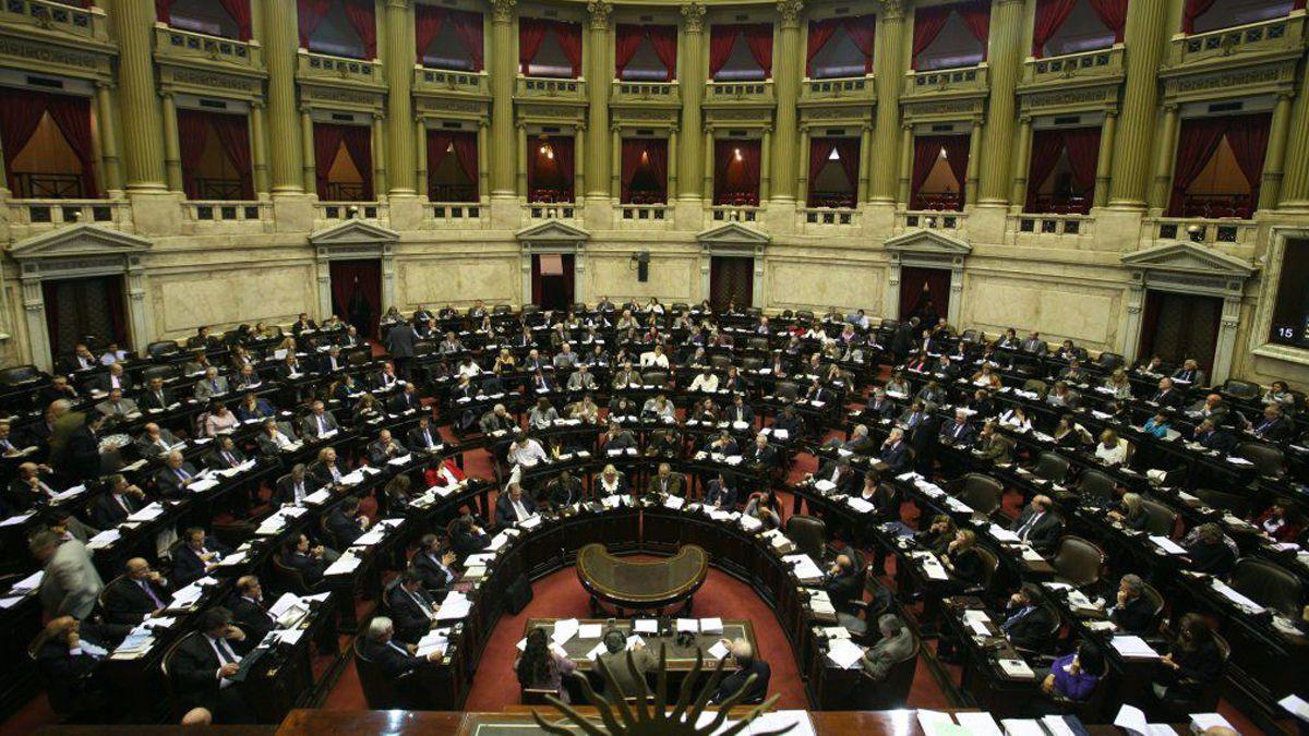 Sin vacaciones para diputados y senadores nacionales