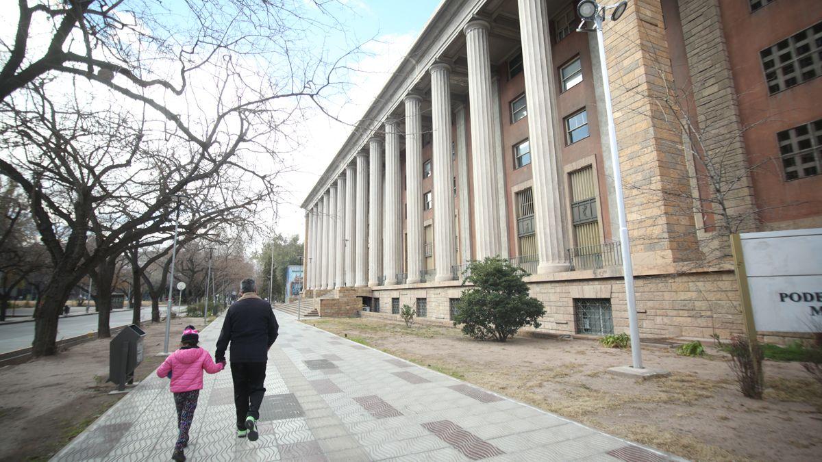 El edificio central del Poder Judicial de Mendoza.