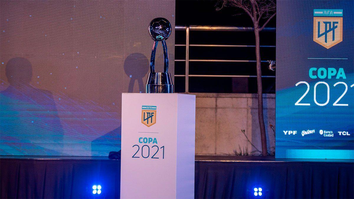 La LPF eligió al mejor árbitro, DT y jugadores por puesto