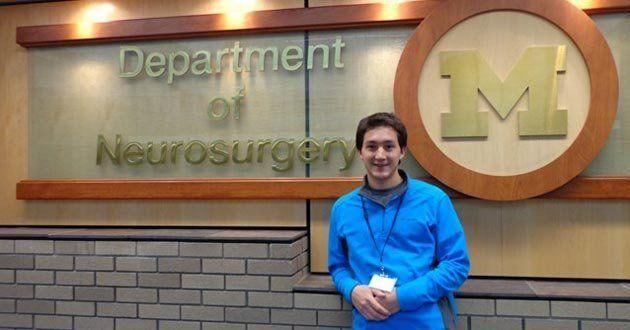 Estudiante de neurocirugía se capacitó en hospital de Michigan