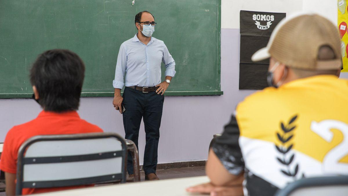 José Thomas aseguró que trabajan en los protocolos para una presencialidad segura.