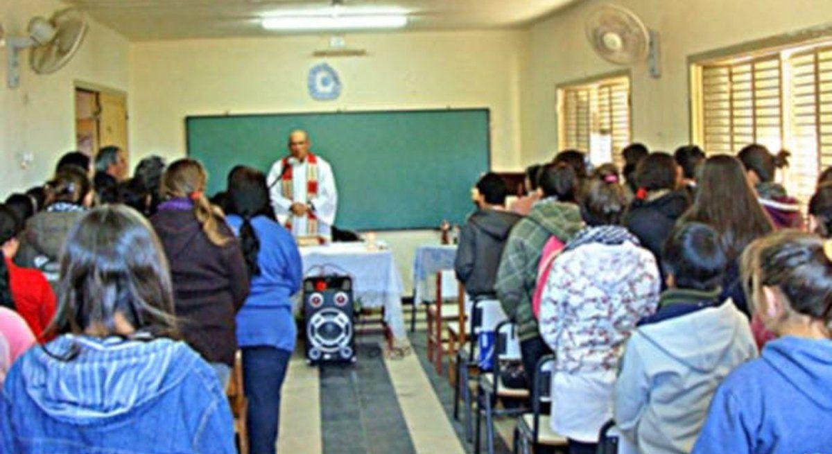Diputados se metió en la polémica por los actos religiosos en las escuelas