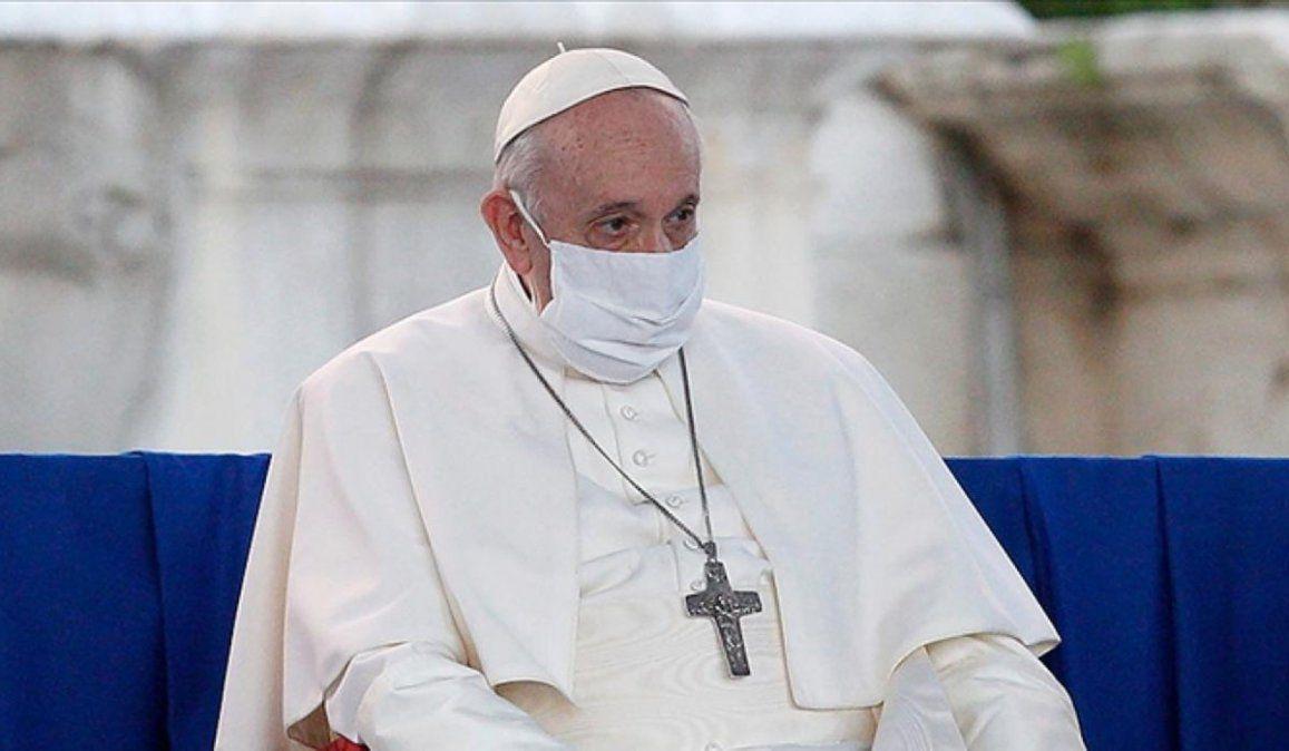 Unos doscientos argentinos notables hicieron llegar una carta donde saludaron al Papa Francisco al cumplirse el octavo aniversario de su ascenso al Trono de San Pedro.