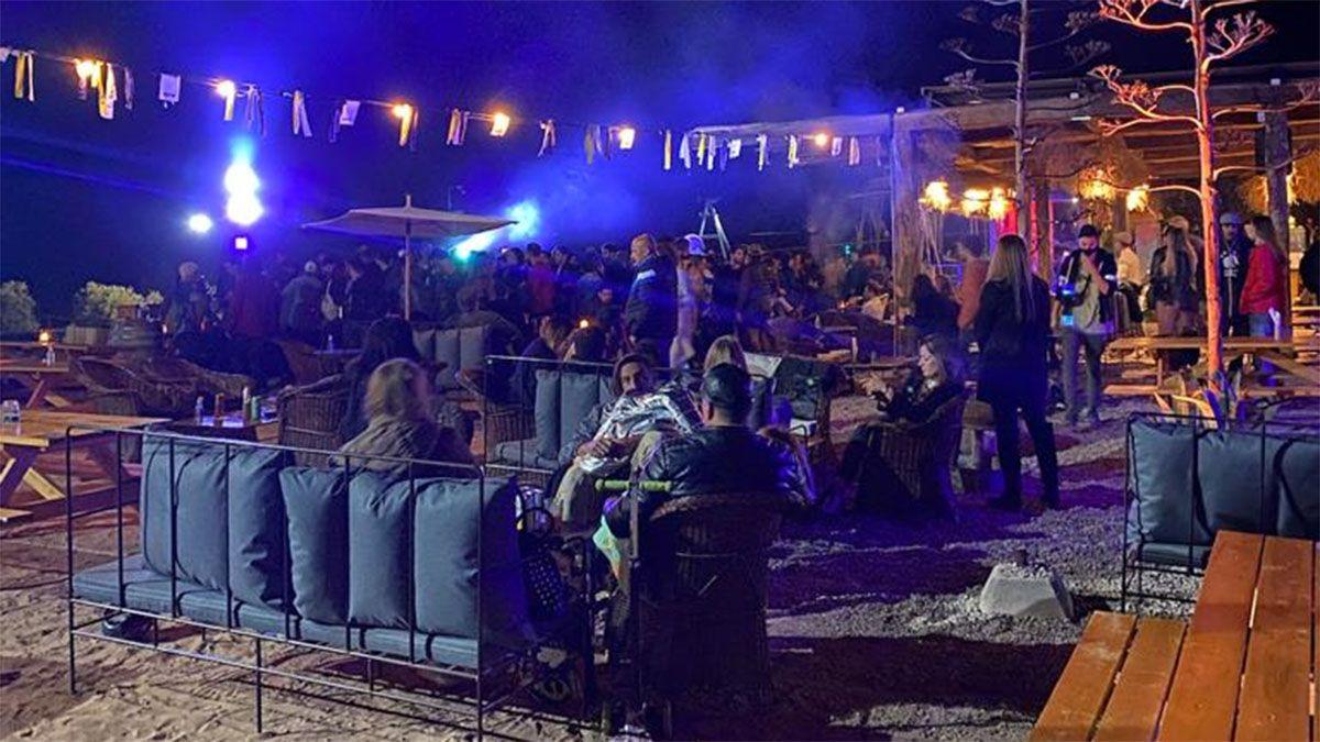 Así era la fiesta clandestina en un patio cervecero de Maipú