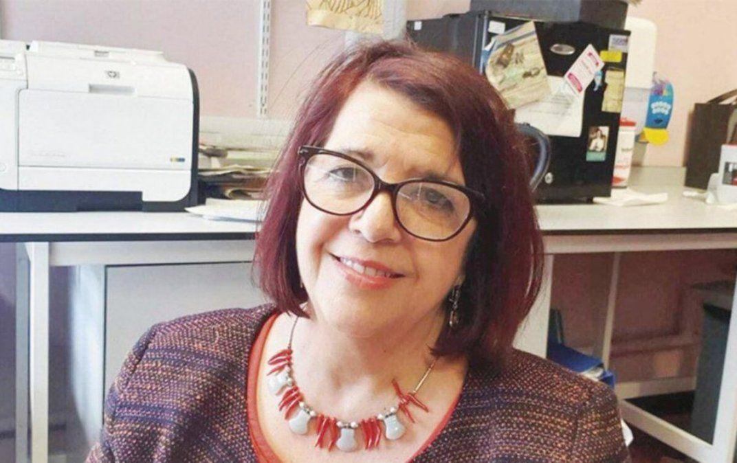 Martha Cohen. La destcada patóloga estima que la vacunación masiva contra el coronavirus demorará un tiempo. Se refiere a la vacuna de Oxford.