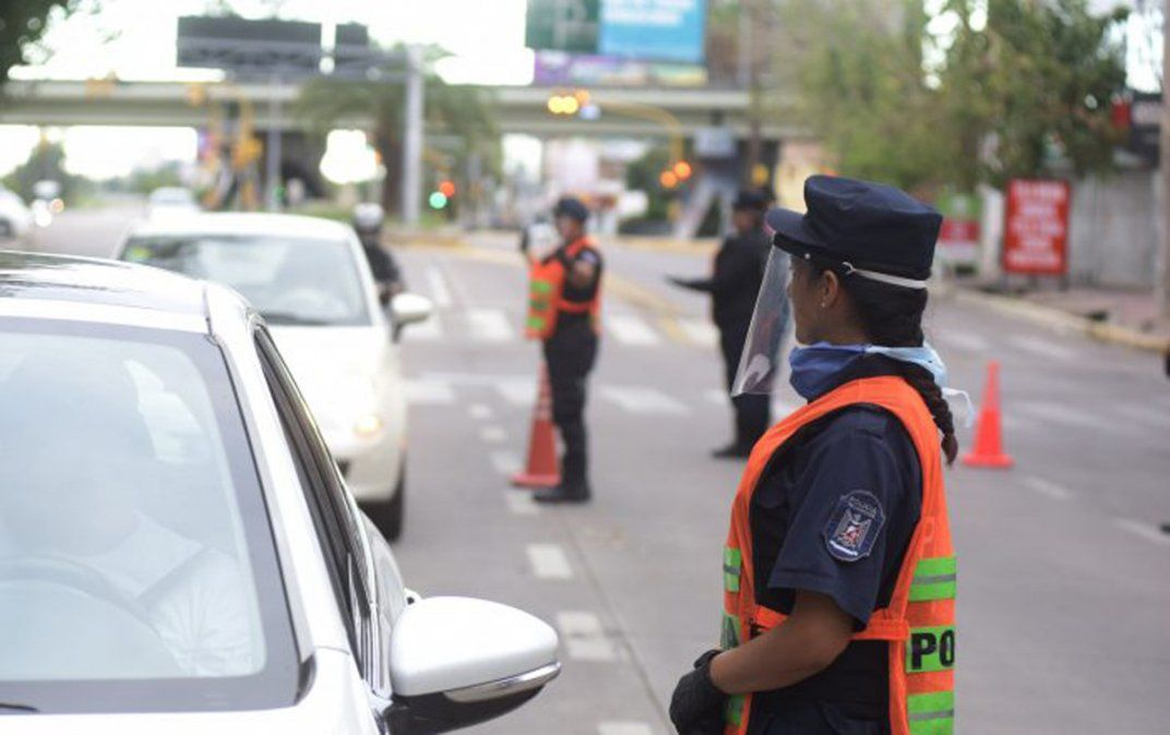 Hay controles viales en todo el país por el confinamiento hasta el 30 de mayo.