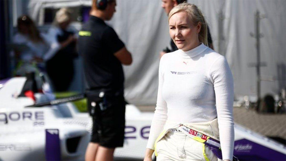 Emma Kimiläinen eveló que le pidieron fotos desnuda para ir a la Indy Lights.