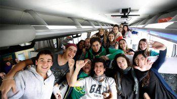 La respuesta local a los viajes de egresados gratis: Es populismo patético