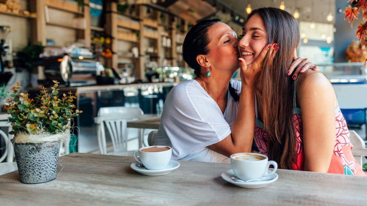 Día de la Madre: se podrán realizar reuniones familiares el domingo 18 de octubre.
