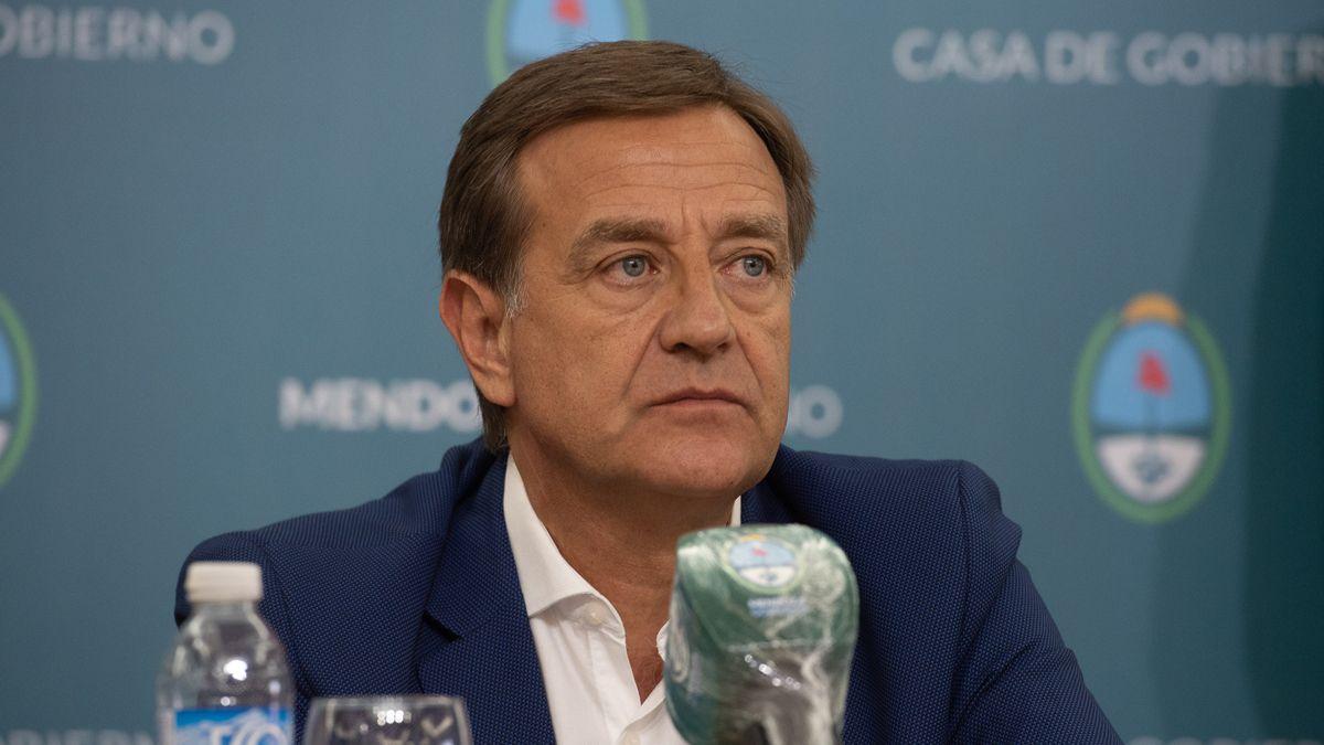 El gobernador de Mendoza Rodolfo Suarez.