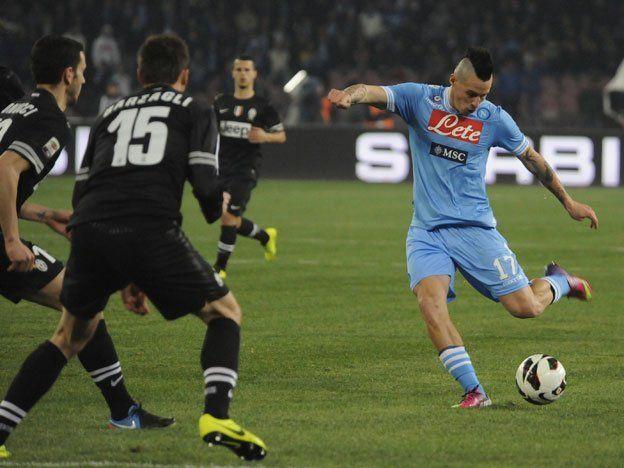 Juventus mantuvo la ventaja tras empatar con Nápoli