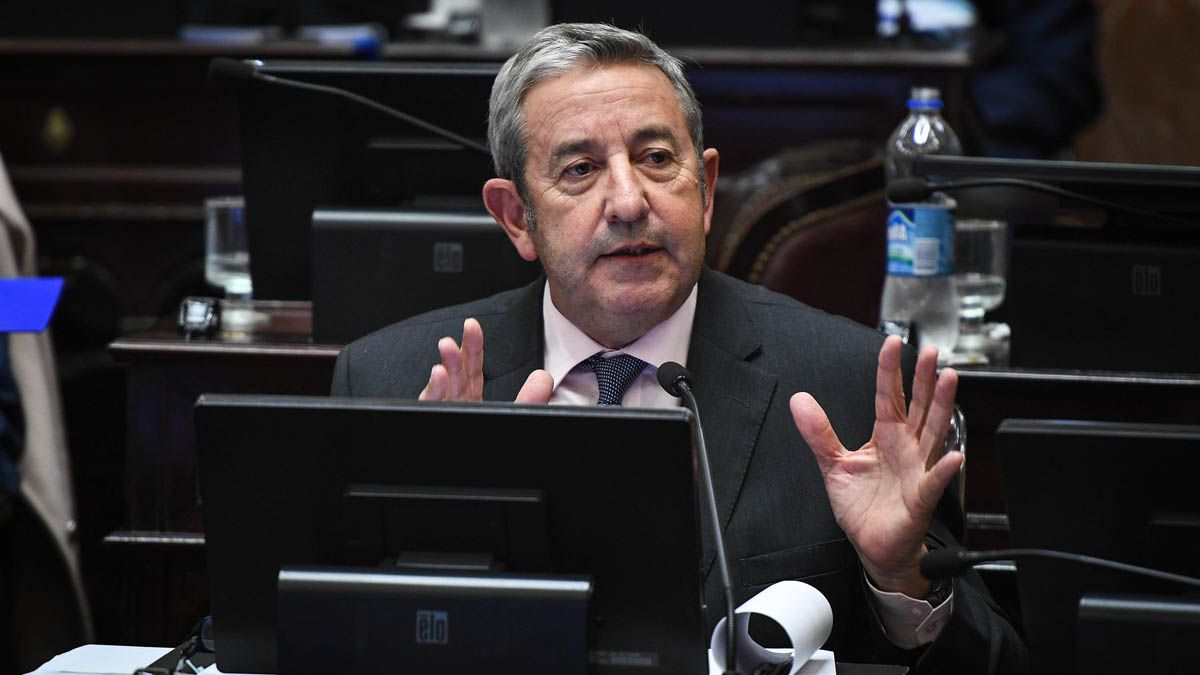 Cobos rechazó el proyecto que le daría más poderes a Alberto en la gestión de la pandemia.