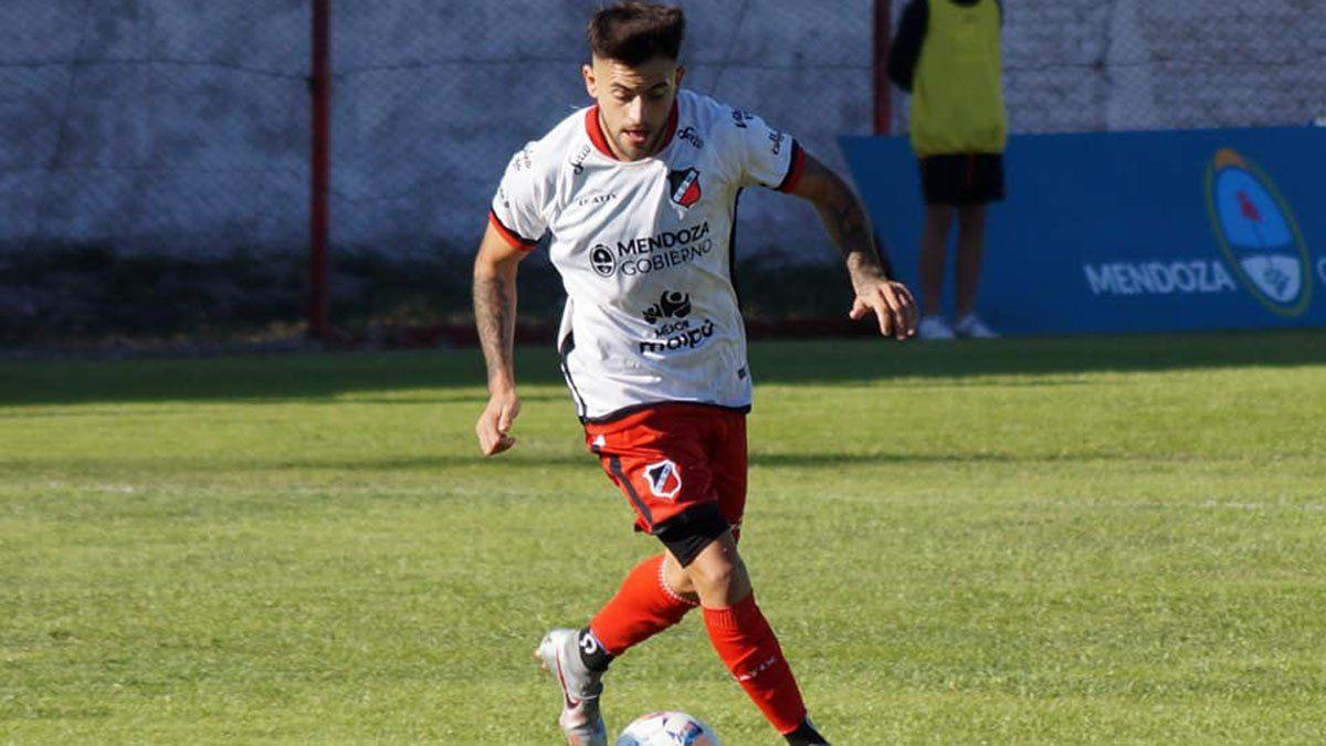 El delantero José Méndez tiene continuidad en el Deportivo Maipú.