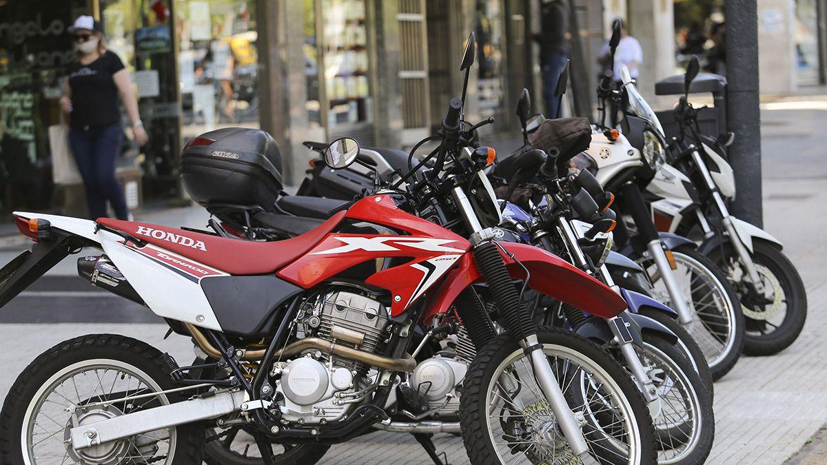 Los 40 modelos de motos a los que podrán acceder los trabajadores de la construcción mediante estos créditos son de fabricación nacional.