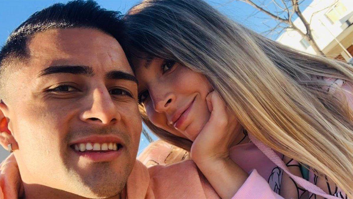 Ignacio Méndez posa con su novia