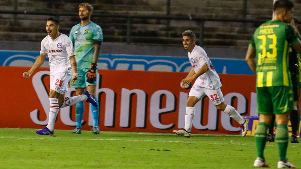Argentinos Juniors fue contundente ante Aldosivi