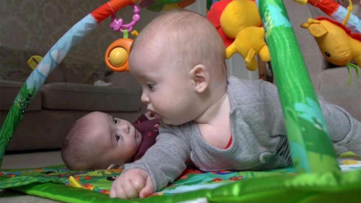 Rosalie y Noah