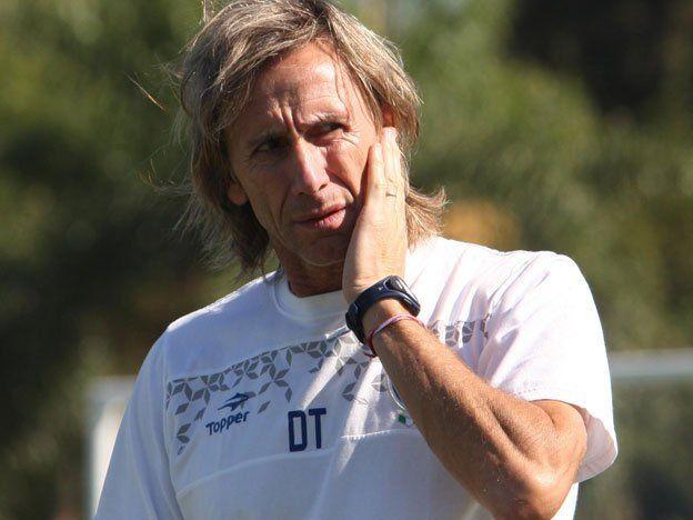 Una Vélez alternativo visita a Belgrano en el Gigante de Alberdi