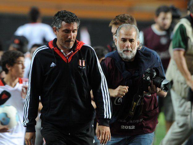 Diego Cagna dejó de ser el entrenador de Estudiantes