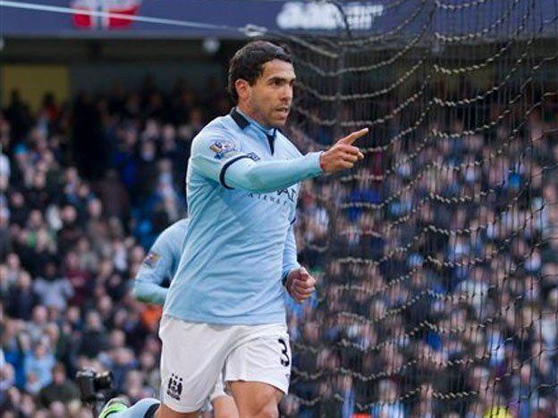 Carlitos Tevez encabezó la goleada del City sobre el Newcastle