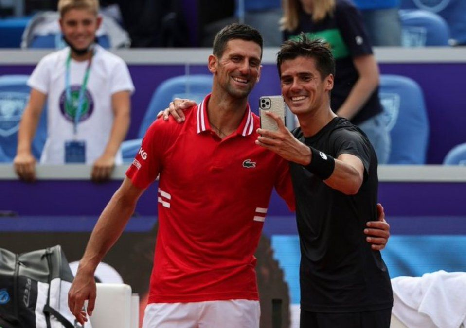 Federico Coria tuvo una clase de tenis con Novak Djokovic