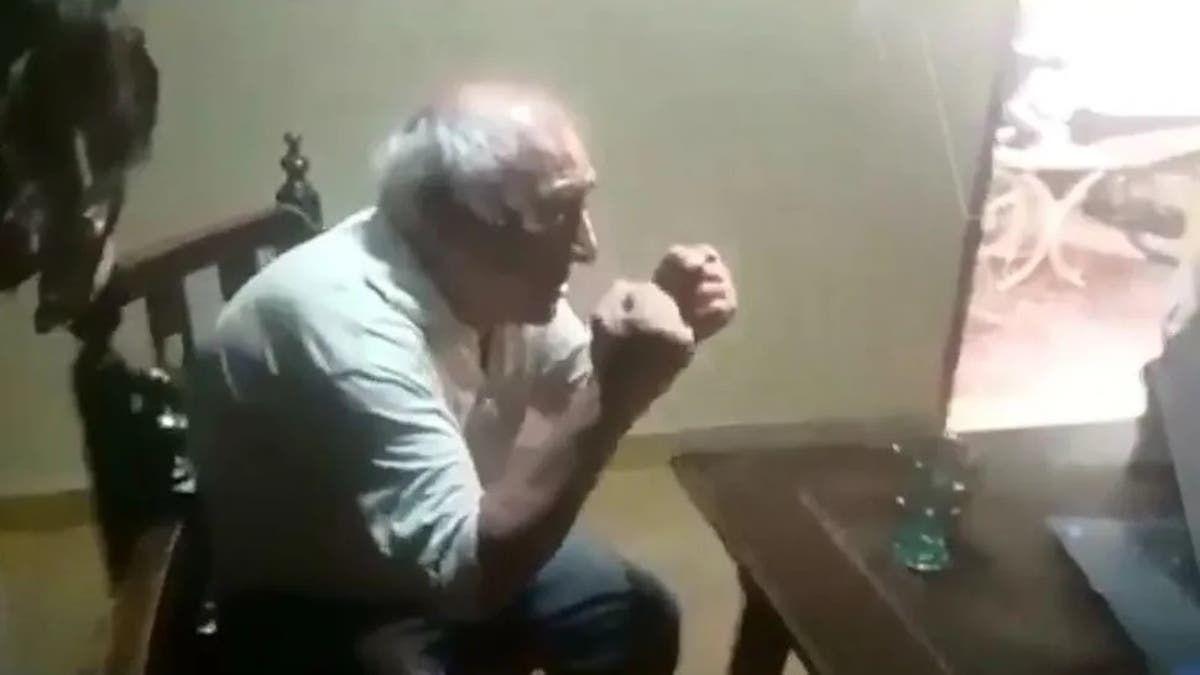 Emotivo video. Se recibió y se enteró con un emocionante video.