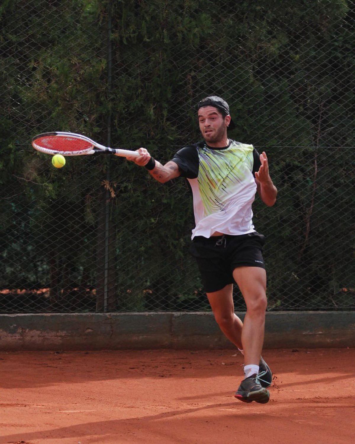 Facundo Juárez Vila ganó su primer torneo en su segunda final del año.
