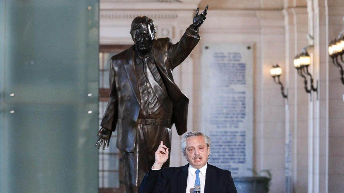 Alberto Fernández encabezó el homenaje a Néstor Kirchner