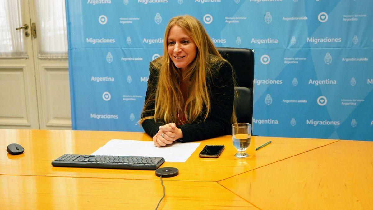 Florencia Carignano, directoria de Migraciobnes, cuestionó a Ginés González García y defendió las decisiones de Alberto Fernández.