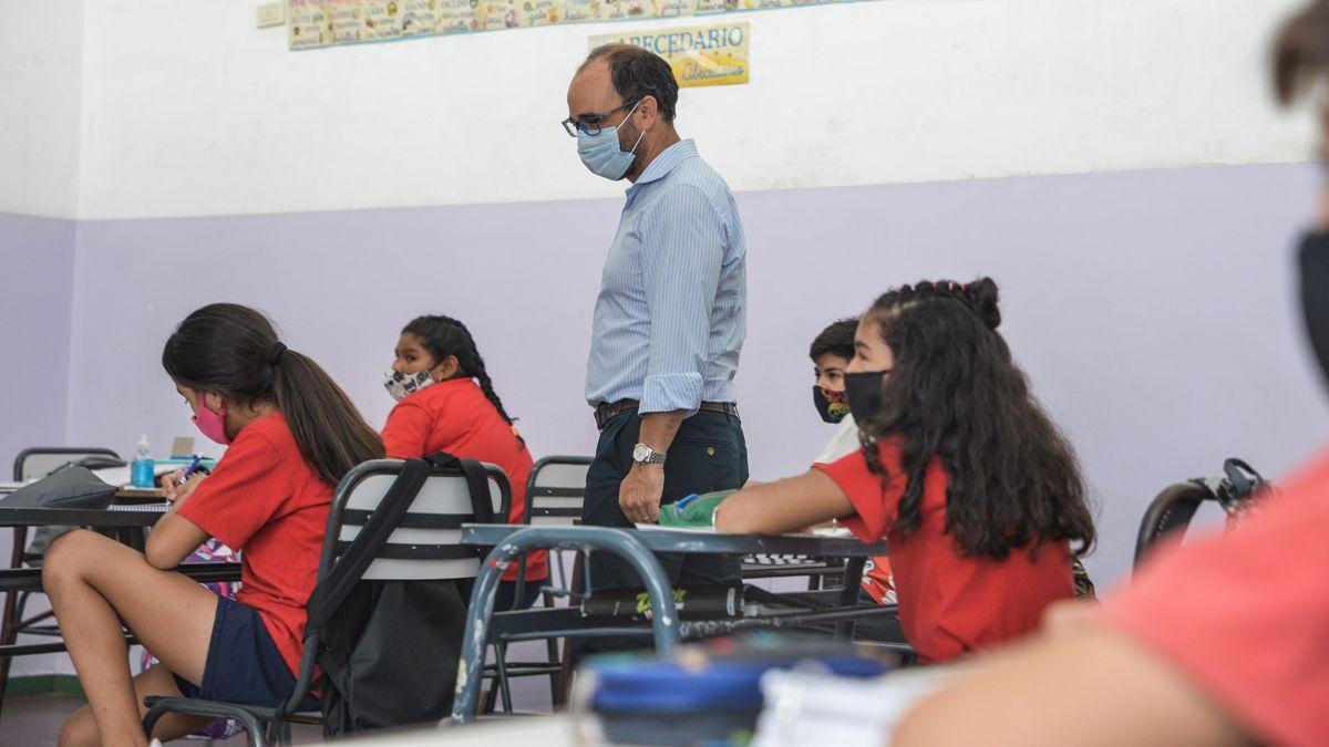 Mendoza no adelantará las vacaciones de invierno 2021 si se mantiene el mismo ritmo de contagios.