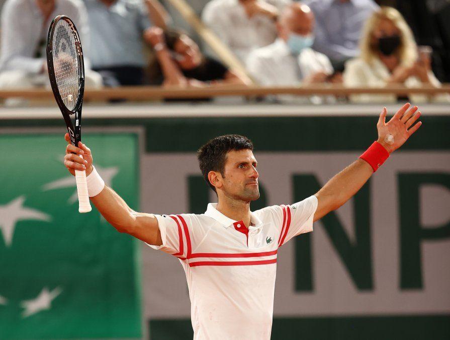 Djokovic batió a Nadal y es finalista en Roland Garros