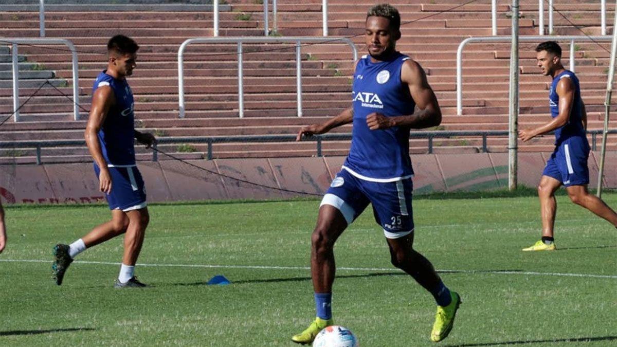 Chalá se refirió a su situación ya que podría no jugar en el Tomba hasta junio. (Foto gentileza Prensa Godoy Cruz).