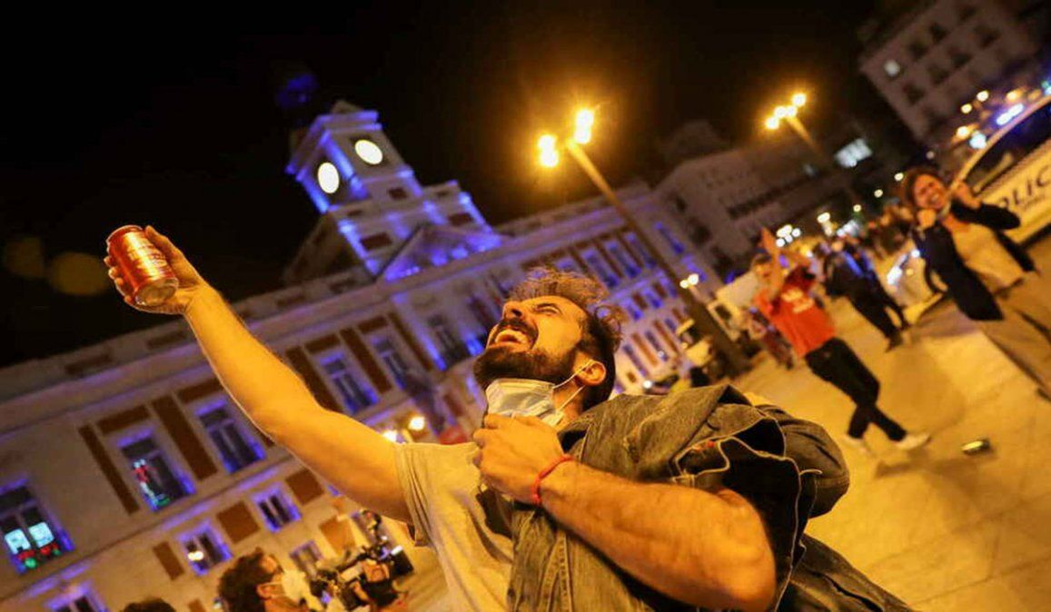 En algunas plazas y calles de distintas ciudades españolas