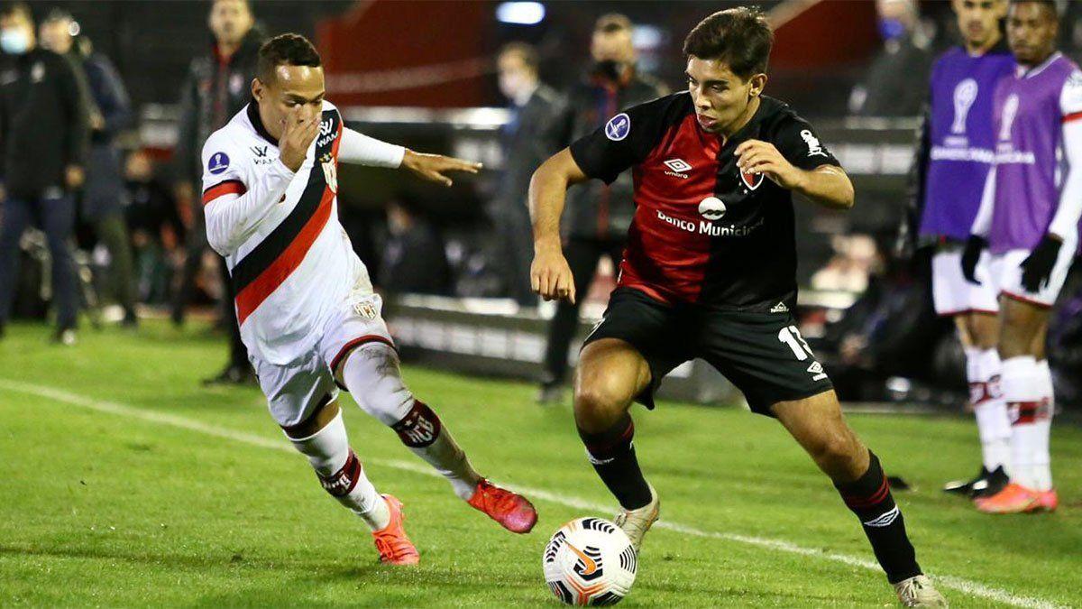 Newells empató con Goianiense y quedó eliminado