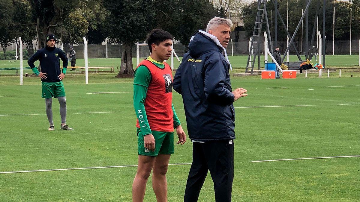 Crespo advirtió que están todas las condiciones dadas para que a Defensa le vaya mal en la Libertadores.