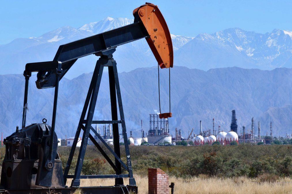 Mendoza apuntar a reactivar pozos petroleros mediante el programa de Mendoza Activa.