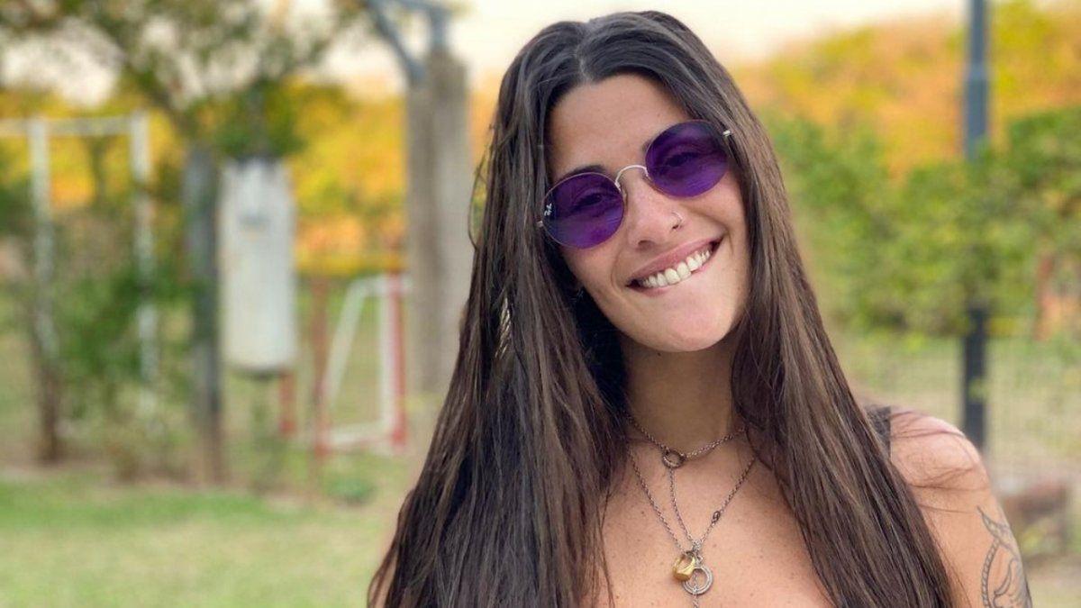 La foto de Ivana Nadal en micro bikini que hizo estallar a Bruno Siri: Me volas la cabeza
