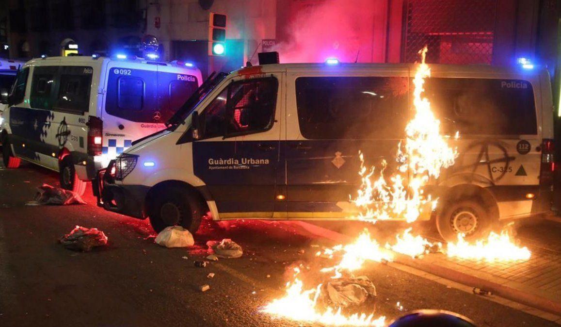 Durante una nueva jornada de protestas reclamando la libertad del rapero Pablo Hasel