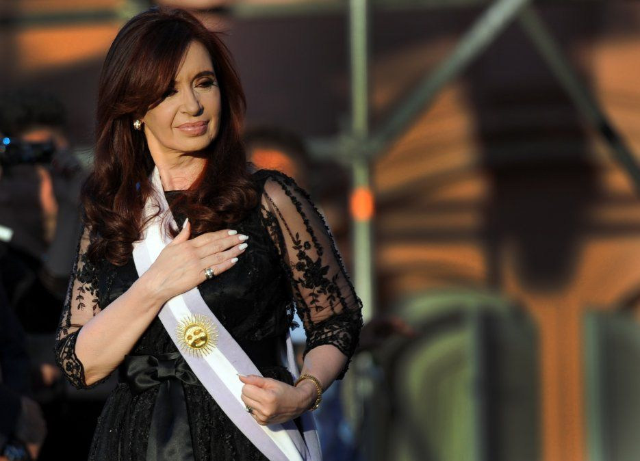 Cristina zafó de la causa judicial por el dólar a futuro que había iniciado el juez Claudio Bonadio.