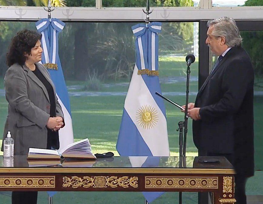 Carla Vizzotti juró como nueva ministra de Salud en un breve acto que se realizó en Olivos tras el escándalo de las vacunaciones VIP.